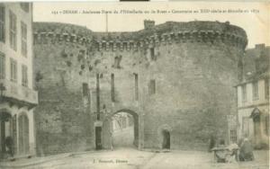 France, Dinan, Ancienne Porte de l'Hotellerie ou de Brest...