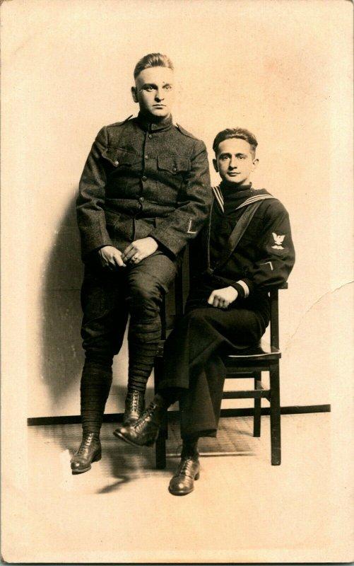 Vtg Véritable Photo Carte Postale 1910-30 Azo Studio Vue Brothers Armée & Navy