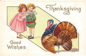 Thanksgiving~Victorian Boy & Girl Eye Big Turkey~Full Fan~Gold Emboss~NASH T-30