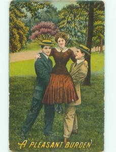 Pre-Linen WOMAN BEING HELD UP BY TWO MEN AC4486