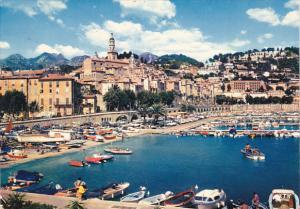 France Menton Un coin du Port et la Vieille Ville