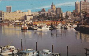 Harbour and Pleasure Boats, Coal Harbour, Burrard yacht Club, Bayshore Inn, V...