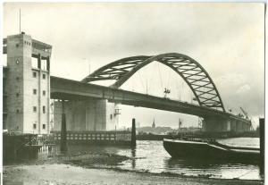 Rotterdam, Brienenoordburg over de Nieuwe Maas, 1960s used