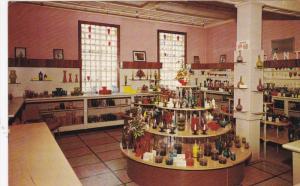 MORGANTOWN, West Virginia, 1940-1960's; Glasscraft Shop