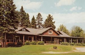 Clubhouse of the Woodstuck , N.B. Golf Course, Canada , 50-60s