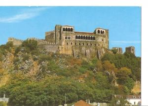 Postal 031198 : Leiria (Portugal). Castle and Palace of Queen Sain Elizabeth