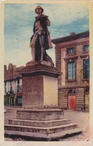 Tournus , Saône-et-Loire département, east-central France. 00-10s Statue de...