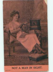 Divided-Back PRETTY WOMAN Risque Interest Postcard AA8090
