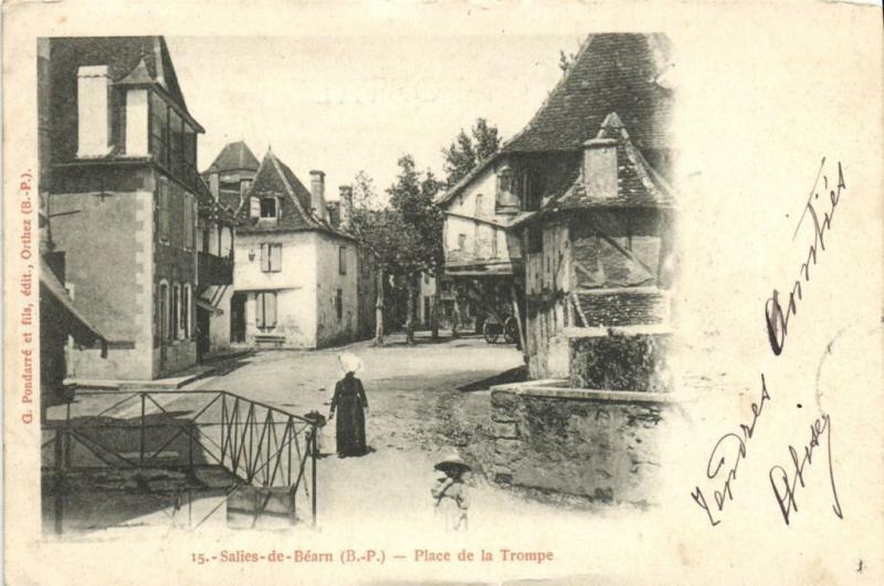 CPA SALIES-de-BÉARN - Place de la Trompe (171587)