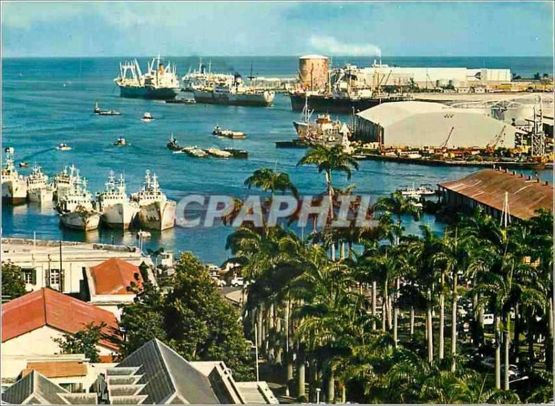 Modern Postcard Mauritius seen of the roads of Port-Louis