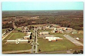 Postcard DE Dover Airview Delaware State College D11