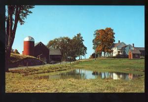 Hortonville, Vermont/VT Postcard, Farm & Barn, Fall Setting, Rutland County