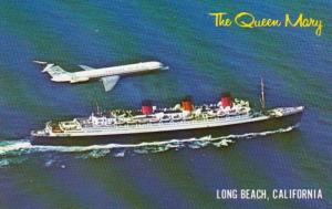 California Long Beach R M S Queen Mary With Douglas DC-9 In A Salute To The Q...