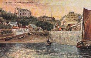 DINARD, Ille et Vilaine, France, 1900-1910's; Le Debardadere, The Landing Stage