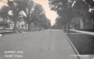St Paul MN~Big Homes on Summit Avenue~Kids on Carriage Block~Vintage Car~1908