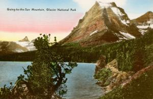 MT - Glacier National Park. Going-to-the-Sun Mountain, Lake St Mary's