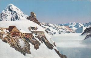 Switzerland Jungfraujoch mit Moench und Aletschgletscher Berghaus Observatori...