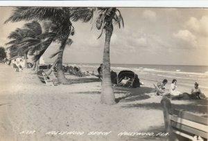 RP; HOLLYWOOD , Florida , 1930-40s ; Beach