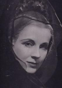 Diana Wynward as Hermione Royal Shakespeare Company Theatre Postcard
