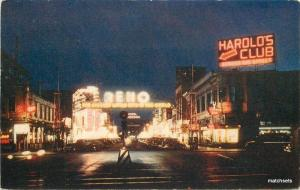 1940s Reno Nevada Neon lights night arch autos Wesco postcard 11142
