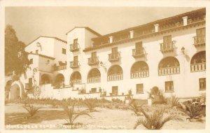 RPPC HOTEL DE LA BORDA Taxco, Mexico Navarro Foto c1940s Vintage Photo Postcard