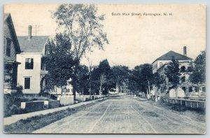 Farmington New Hampshire~South Main Street Homes~Dirt Road~1909 B&W Postcard