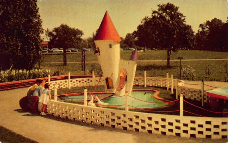 Goosey, Goosey, Gander, Children's Fairyland, Oakland, CA, Postcard, Unused