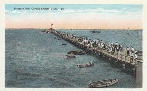 CORPUS CHRISTI , Texas , 1910-20s; Pleasure Pier, rowboats