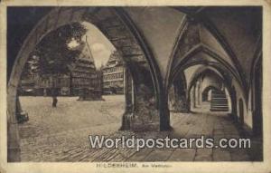 Hildesheim Germany, Deutschland Postcard Am Martplatz Hildesheim Am Martplatz