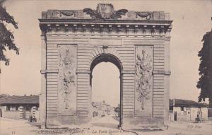 CHALONS-SUR-MARNE, La Porte Sainte-Crois, Champagne-Ardenne, France, 00-10s