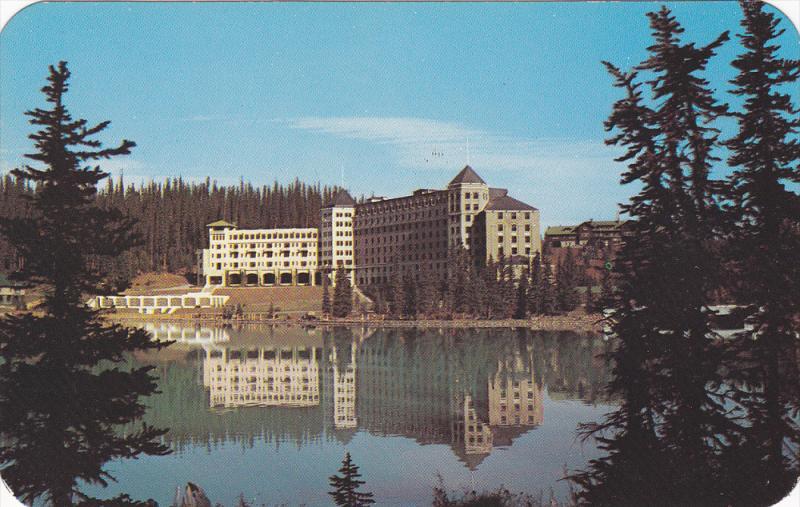 Chateau Lake Louise , Alberta , Canada , 40-50s