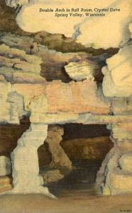 WI - Spring Valley, Crystal Cave, Double Arch in Ballroom