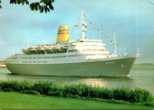 Norwegian American Cruises M/S Vistafjord Approching Hamburg Germany