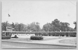 Carlton Massachusetts~Redwood Motel~Neon Sign~B&W~Pool~1950s