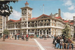 CHRISTCHURCH, New Zealand, PU-1988; Cathedral Square, Showing Office