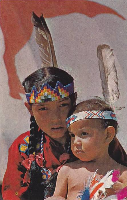 Indian Kids , Stony Indian Tribe , Canada , 40-60s