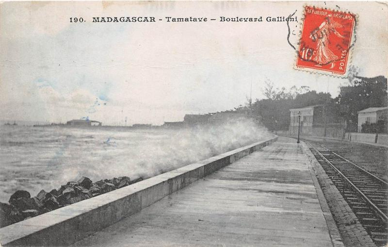BF35657 madagascar tamatave boulevard gallieni   front/back scan