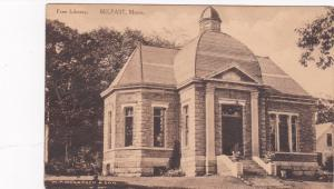 BELFAST , Maine , 1907 ; Free Library