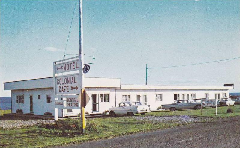 COLONIAL motel & Cafe , PORT DANIEL WEST , Quebec , Canada , 50-60s