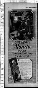 1924 Monito Socks Fashion Man Boy Christmas Toy Train Vintage Print Ad 3998