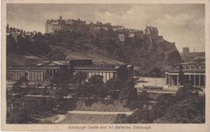 Post Card  Scotland Edinburgh Castle and Art Galleries