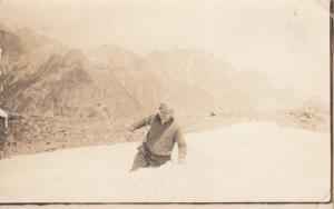 RP: ST. ANTHONY , Idaho , PU-1908 ; Man in snow