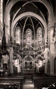 Interieur de la Basilique,Lourdes,France BIN