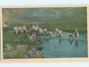 W-Border Military US ARMY SOLDIERS BATHING IN RIVER HM8592