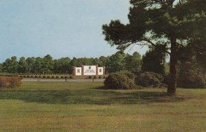 FORT BRAGG , North Carolina , 50-60s ; Main Entrance
