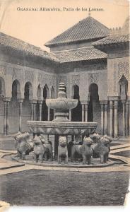 B94794 granada alhambra patio de los leones spain