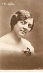 Mina Leffere. Actress Old vintage German postcard