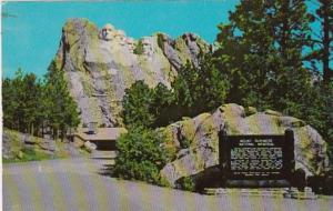 South Dakota Black Hills Mount Rushmore National Memorial and Approach To Mem...