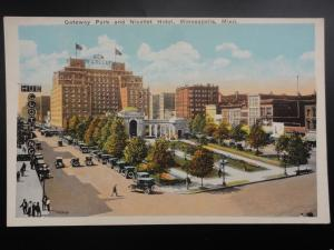 USA MINNEAPOLIS Gateway Park and Nicollet Hotel - Old Postcard by Co-Mo Co.