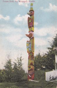 FT. WRANGELL , Alaska , 1900-10s ;  Totem Pole